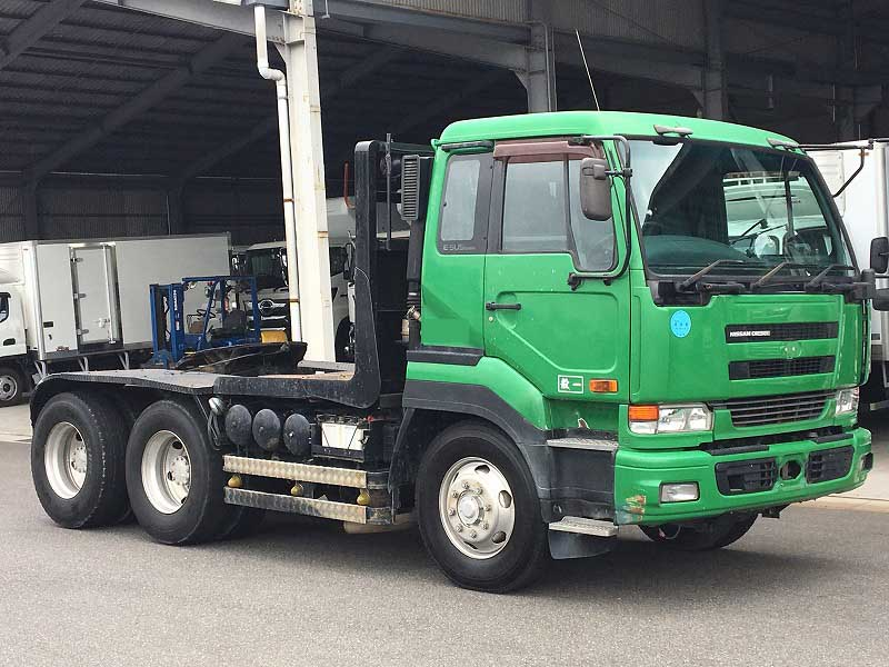 NISSAN Tractor unit KL-CW542GHT
