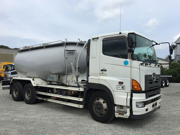 HINO Powder carrier PK-FR2PPWA
