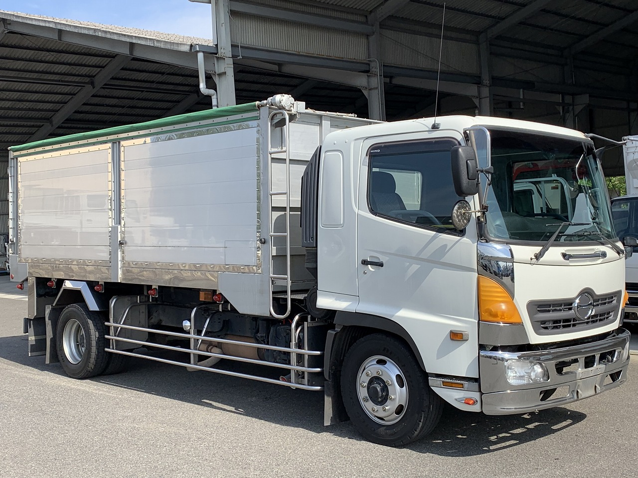 HINO Tipper(high side) KS-FE7JKFA