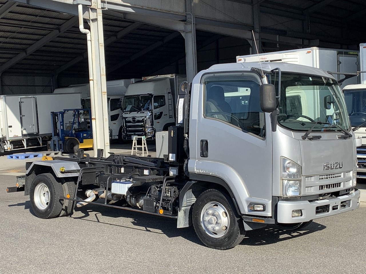 ISUZU Hook roll PKG-FRR90S2